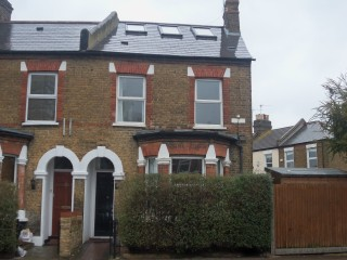 End of terrace 3 bedroom house in Wandsworth